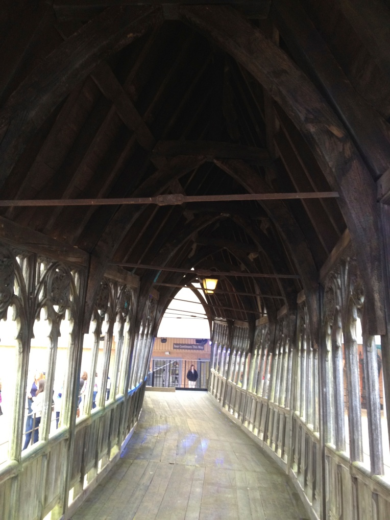 hogwarts covered walkway