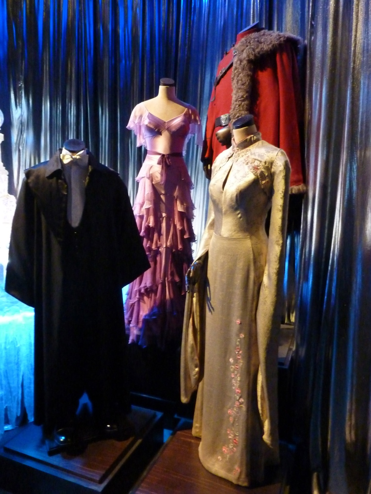 yule ball outfits