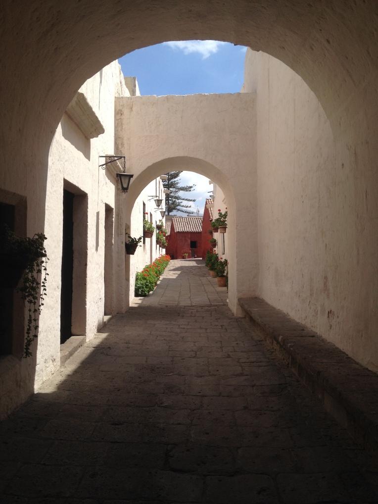 white walls, Santa Catalina Monastery, Arequipa // A Slice of Peru