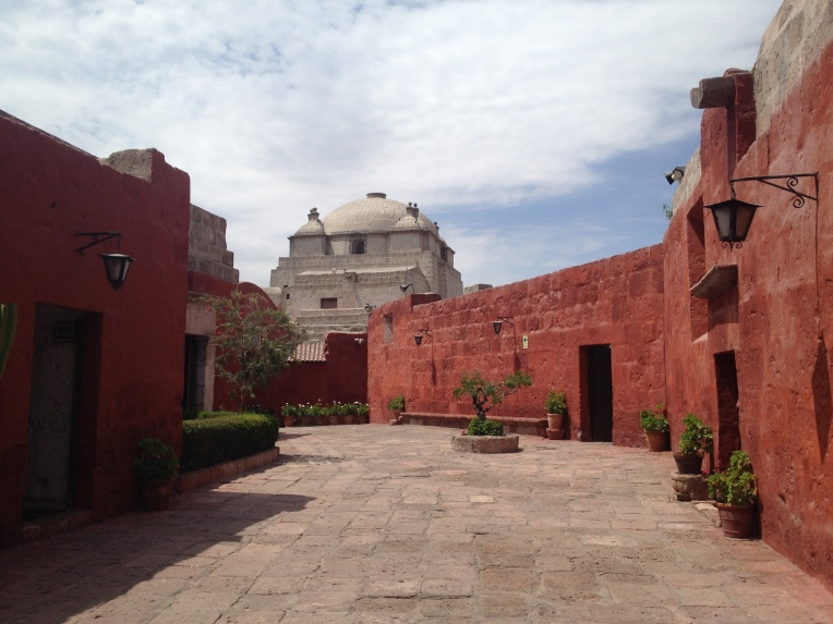 courtyard space, Santa Catalina Monastery, Arequipa // A Slice of Peru