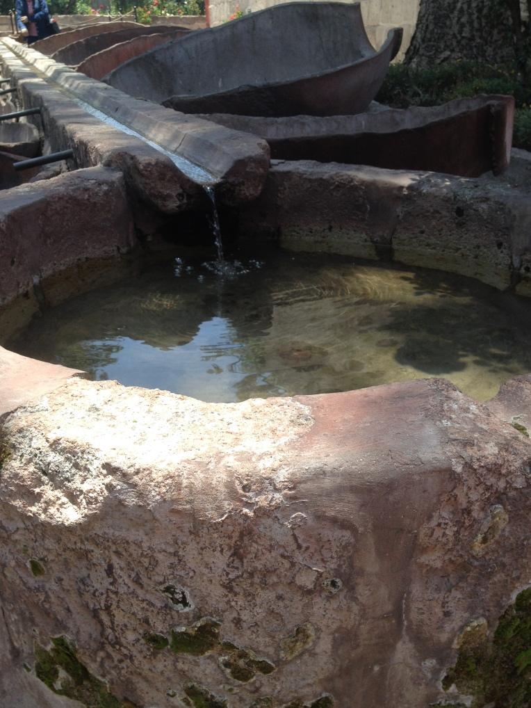 washing, Santa Catalina Monastery, Arequipa // A Slice of Peru