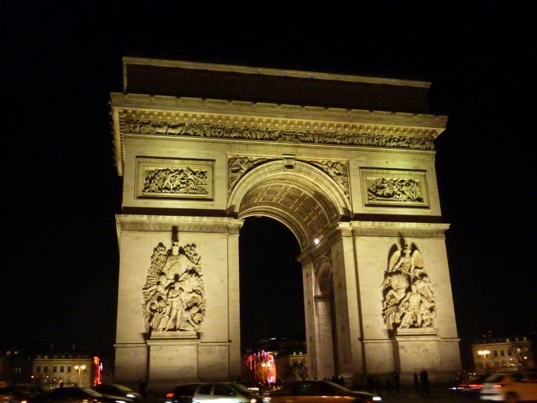 Arc de Triomphe, Paris // A Slice of Peru