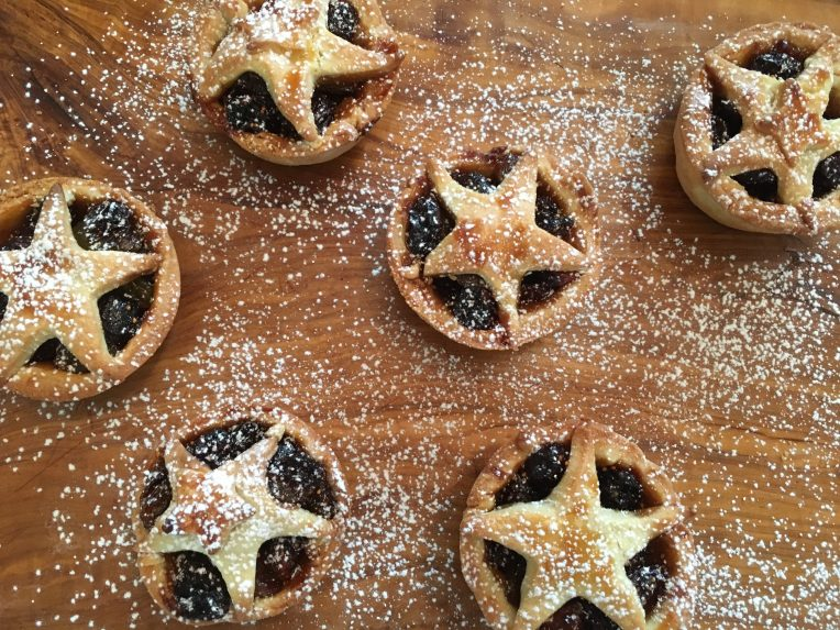 Feature mince pies // A Slice of Peru