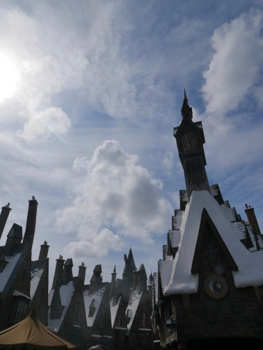 Hogsmeade, The Wizarding World of Harry Potter, Universal Studios, Orlando // The Little Edition