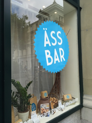Äss-Bar, Lucerne, Switzerland // The Little Edition